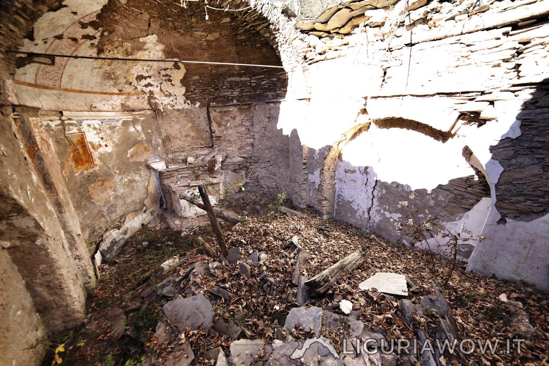 Chiesa intonacata a Poilarocca