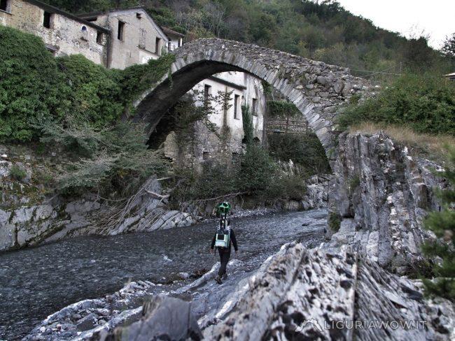 Nicola Ferrarese al ponte di Santa Filomena