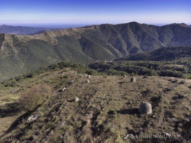 Piloni dell'Alpe di Baudo