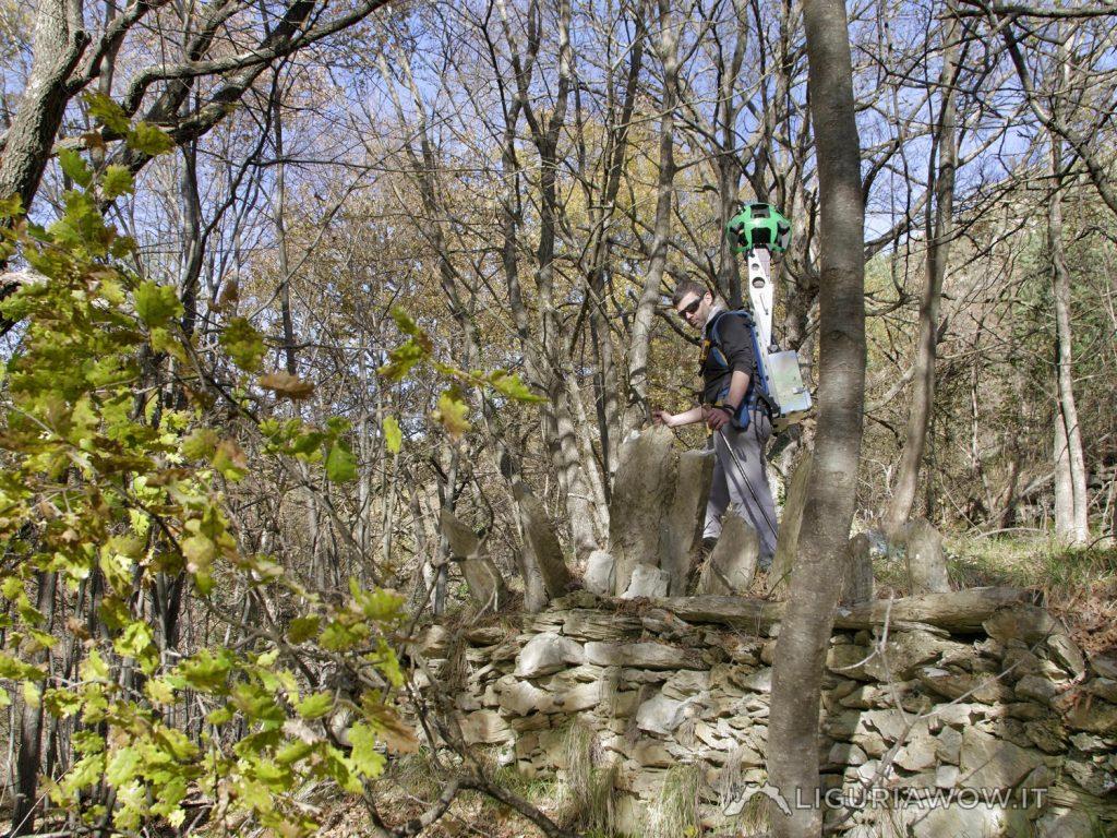 Luca Patelli sul Sentiero da Passo Muratone a Pigna